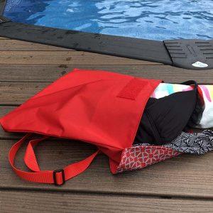 Grand Bagasak_rouge piscine