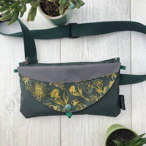 micro bagasak_vert_herbier ocre_accent gris_sling bag